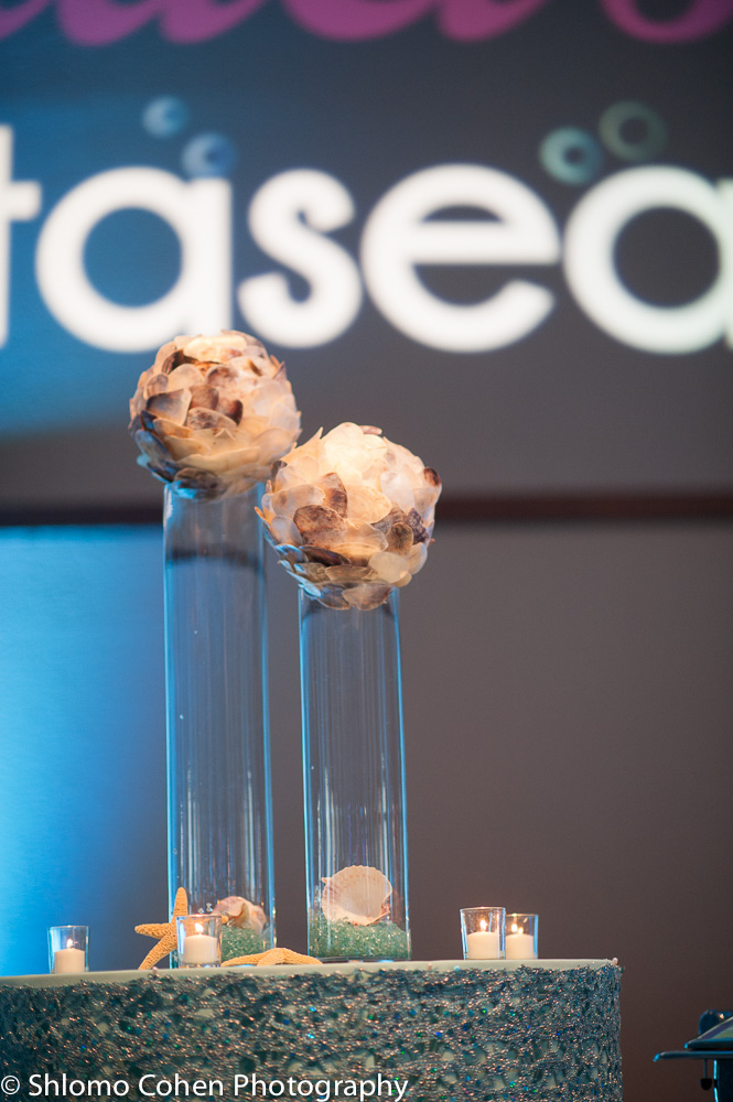 Bar featured tall cylinders topped with our jumbo seashell balls