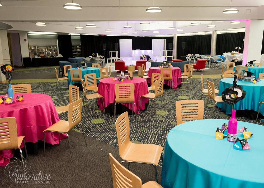 HCLS_Stacks_50s Diner Seating_1.jpg
