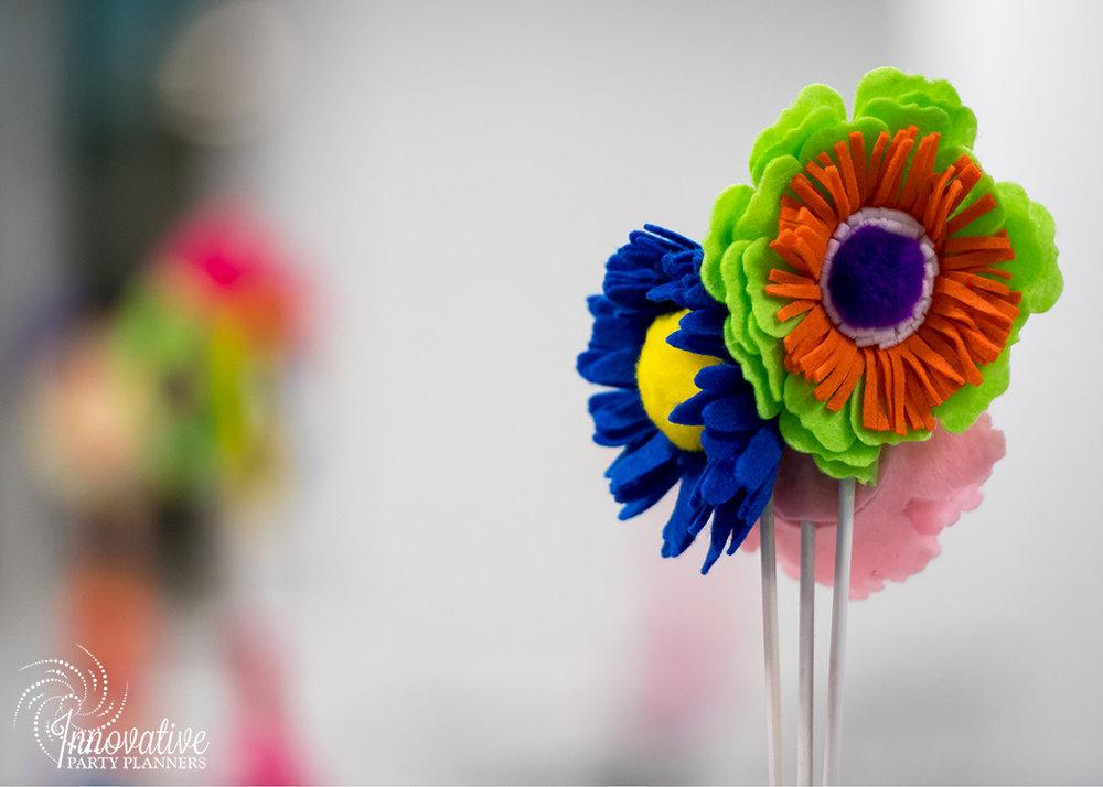 HCLS_Stacks_60s FlowerPower_2.jpg