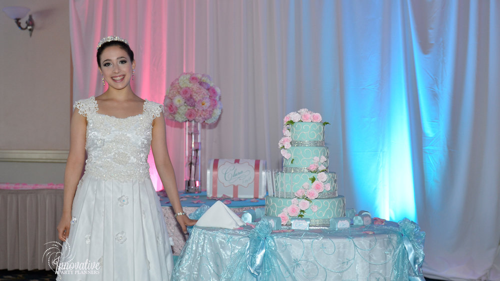 Cake and Gift Tables_Clara_Quinceanera_Turf Valley_2.jpg