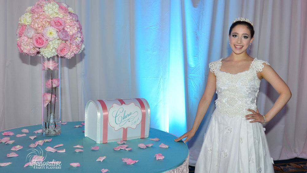 Cake and Gift Tables_Clara_Quinceanera_Turf Valley_3.jpg