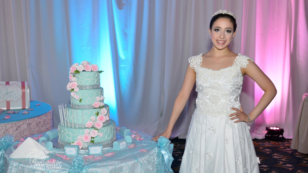 Cake and Gift Tables_Clara_Quinceanera_Turf Valley_4.jpg