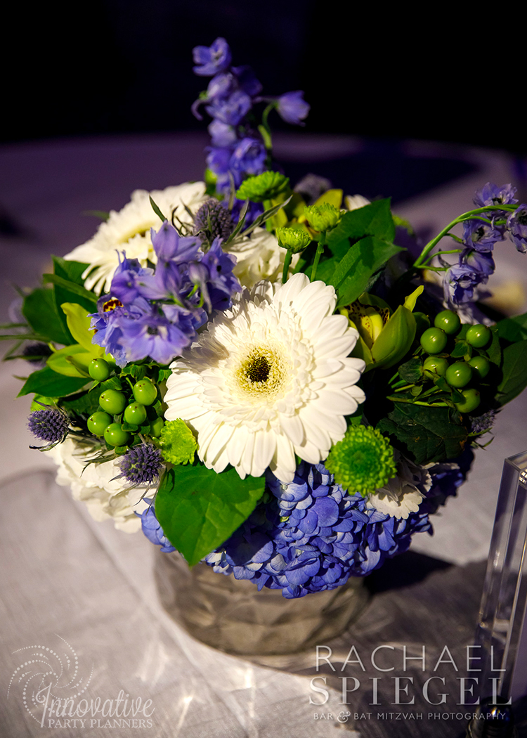 Flower Centerpiece_2_Luxury Cars_Berlin_Annapolis_by Innovative Party Planners.jpg