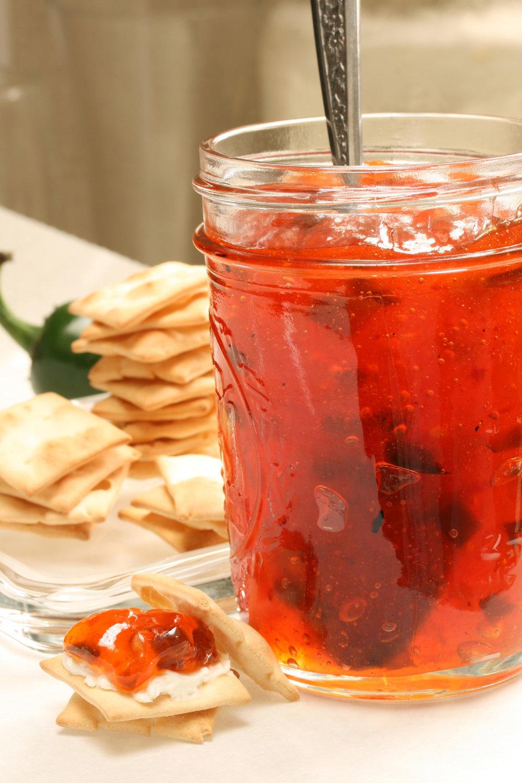 red-Pepper-Jelly-e1455671840325.jpg