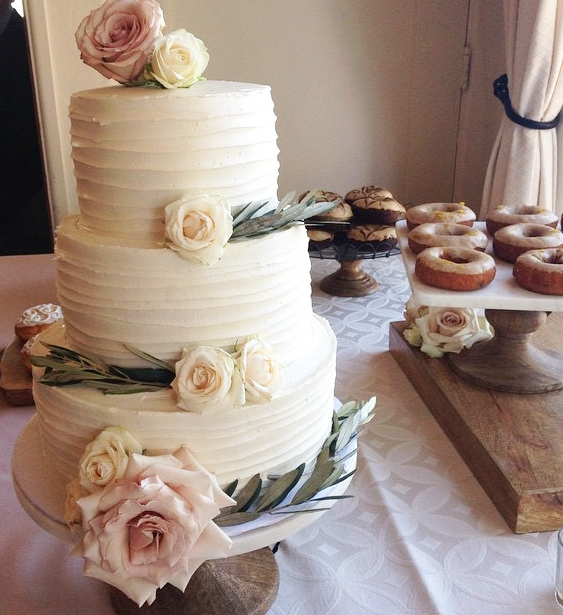 Wedding Cake with Roses