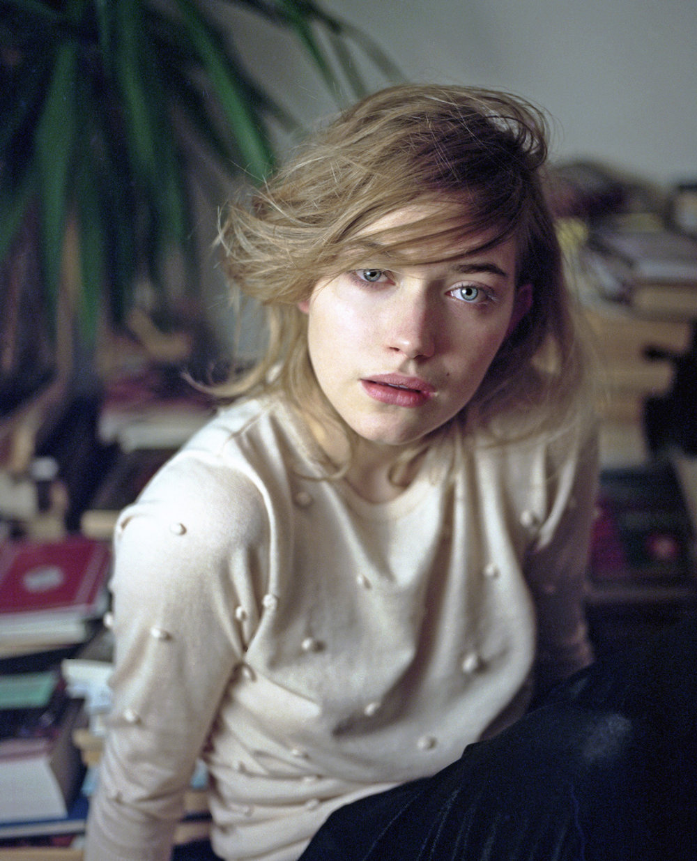 IMOGEN POOTS  for Oh Comely Magazine