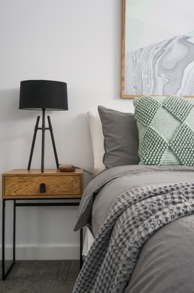 Price guide: $700KStaging cost: $3300SOLD: $850KUPLIFT: $150K3 bedroomFamily homeDECEASED estate -