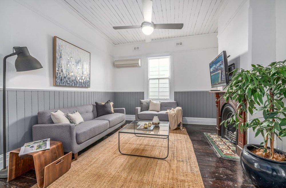 DUmaresq Street HamiltonExpected price: $750KStaging cost: $4350SOLD: $875kUPLIFT: $125k - October 2018