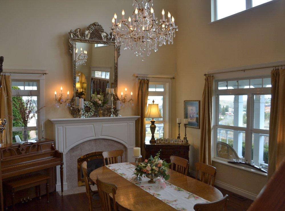 dining room 9.JPG