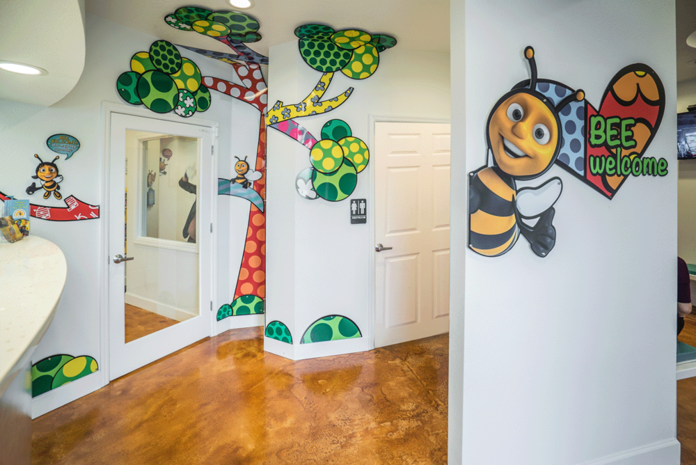 dr_bee_pediatric_dentist_office_reception.png