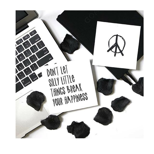 || Word 🙌🏼 Today is going to be a happy day 🖤  Thank you @moodtraders for the motivation.  #motto #localcollaborateflourish
