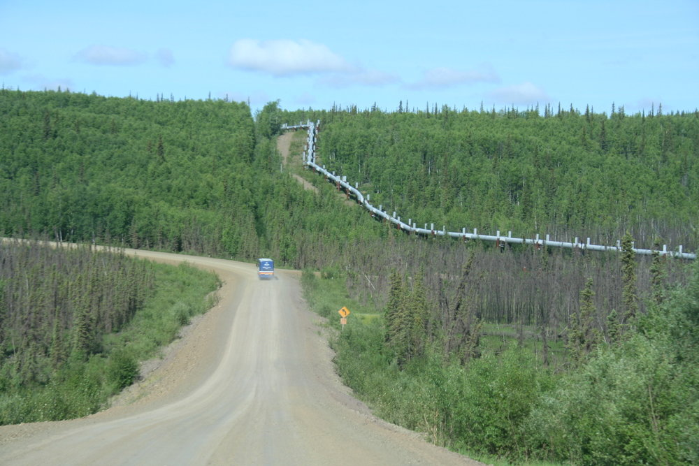 Trans-Alaska_Pipeline_North_Slope.jpg