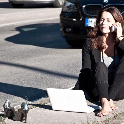 """Nicola Rohner - München""""Mindful Blogging bedeutet für mich, die ganz persönliche Balance von on- und offline Zeiten. Wieviel digital ist gut für mich? Das mitzukriegen, erfordert Achtsamkeit und Mut. Ich frage mich immer: Teile ich etwas, weil es mir am Herzen liegt, oder weil ich Angst habe, etwas zu verpassen?""""high balance"""