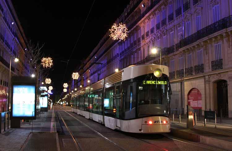 Tramway_Marseille_Sadi_Carnot_1.JPG