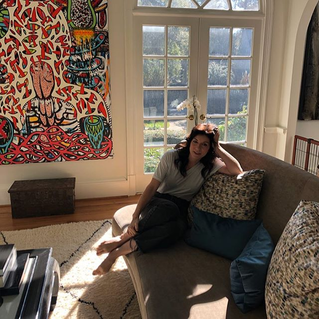 When you wake up at your art dealers house...and you realize she's secretly an incredible designer... and has me surrounded by friends on walls that are astounding. And my hair-do is circa 1972... @courtneybombeck @estebanpatino @toddmurphy101 @whitehouseworld @toddalexanderart @joseph_guay