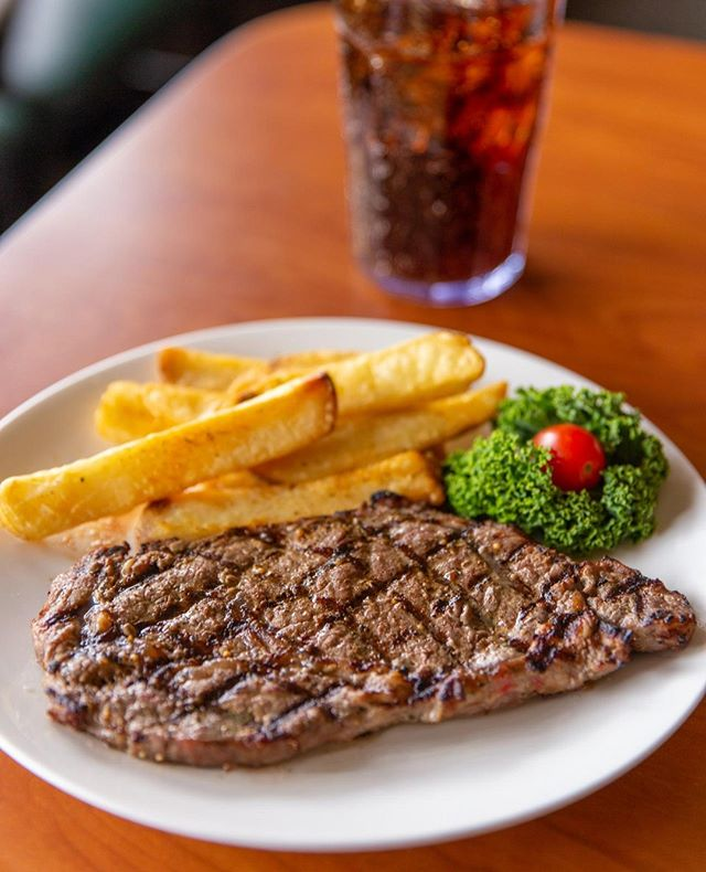 Our steaks are famous for a reason. We always pride ourselves in serving the most tender and juicy top-quality USDA steaks. Dig in! 🥩   #ponbonsteak #USDA #steakhouse #meeeeeats #forkyeah #hungryhungry #eatingfortheinsta #foodgasm #buzzfeast #ponderosabonanza 