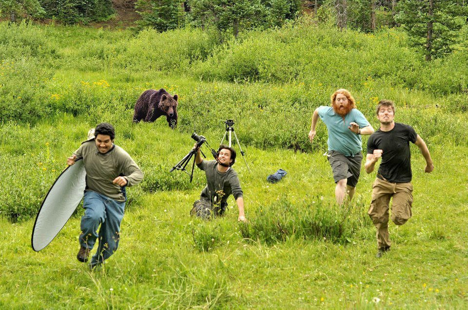 On Assignment - On a personal and professional downward spiral, National Geographic photographer Michael McCadden enlists the help of his muse (and ex-wife), NatGeo writer, Jude, to cover wildlife and human interest stories for the famed publication.(TV SERIES PILOT)