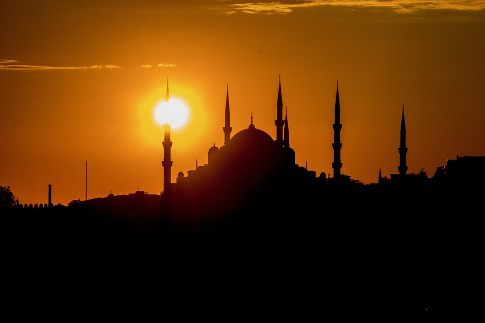 Istanbul_Sailaway_-21.jpg