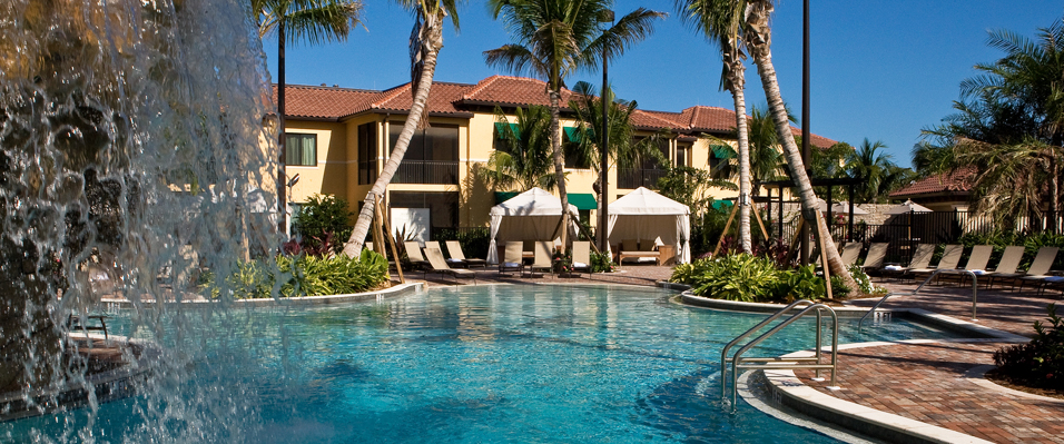 Naples Bay Resort Clubhouse