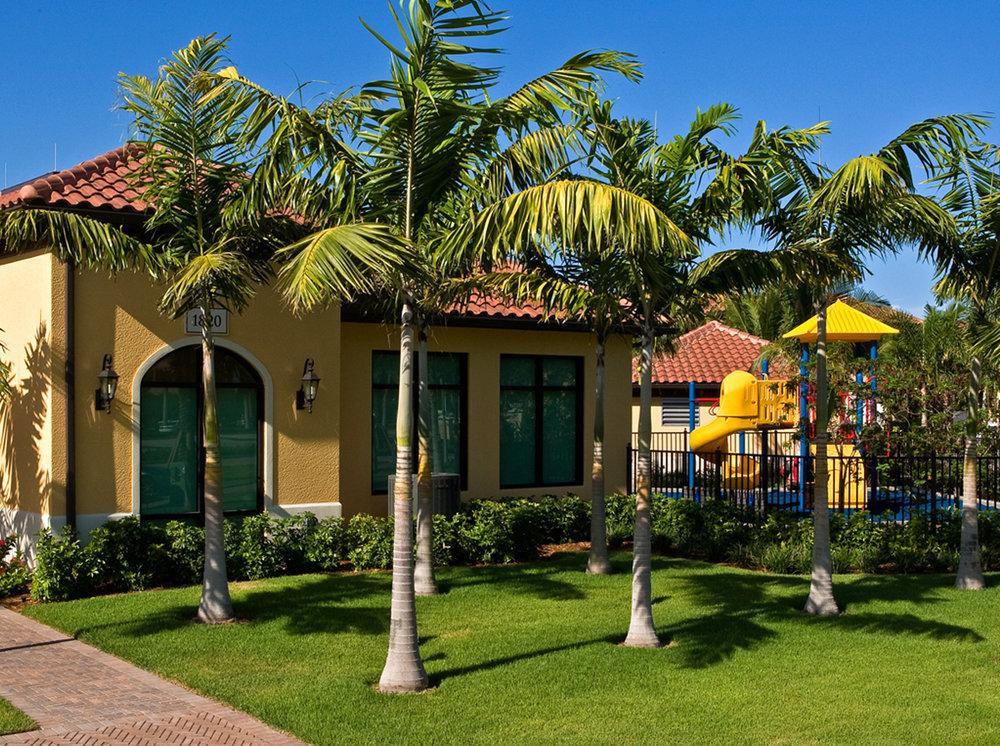 Cottages at Naples Bay Resort