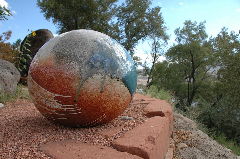 """19"""" Garden Sphere"""