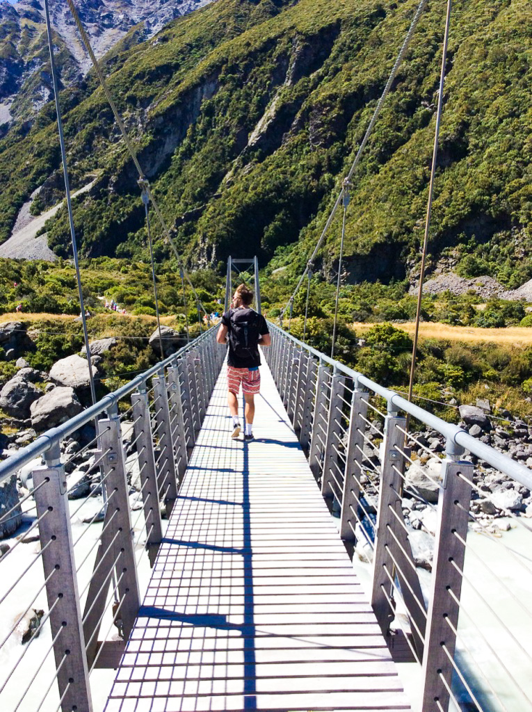 Mount Cook suspension bridge