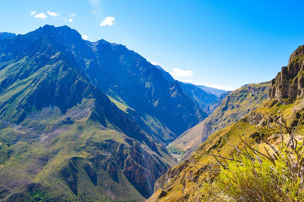 how to hike the colca canyon peru