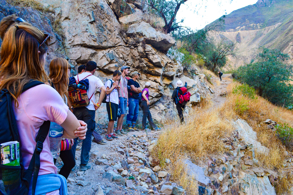 Group tour booked from arequipa dont hike independently
