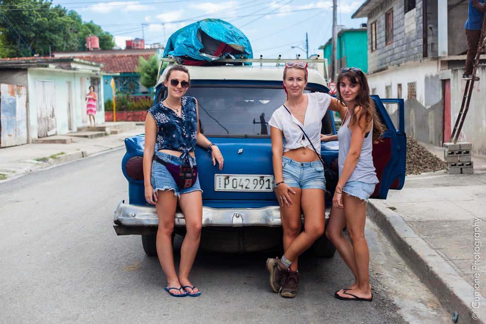 Me (questionably rocking a bumbag) with the lovely Frenchies, Margaux and Juliette in Cienfuegos