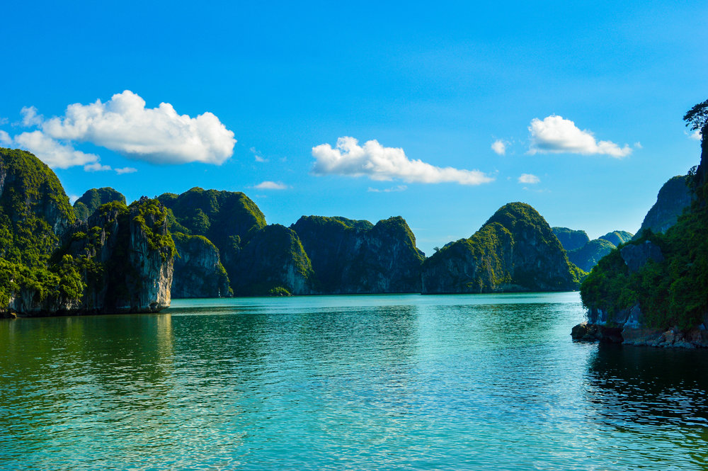 A moment of calm away from the other boats, Ha Long Bay