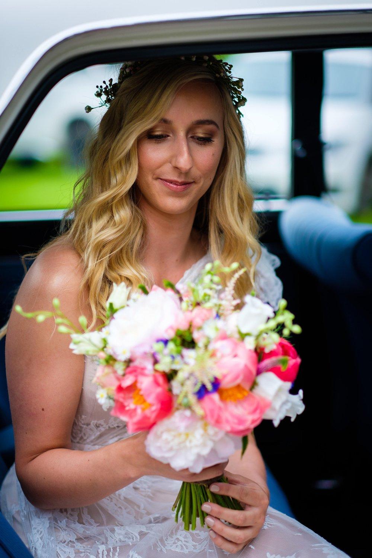 Natural bride bronze eyes