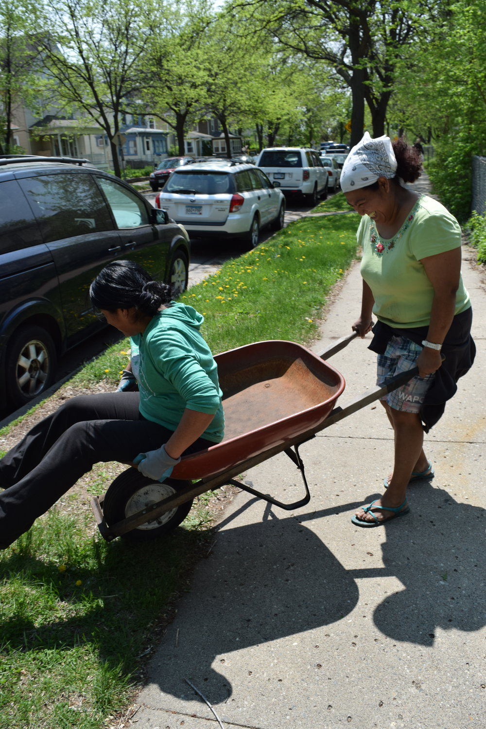 Wheelbarrow Fun -EmilyPGS2016.JPG