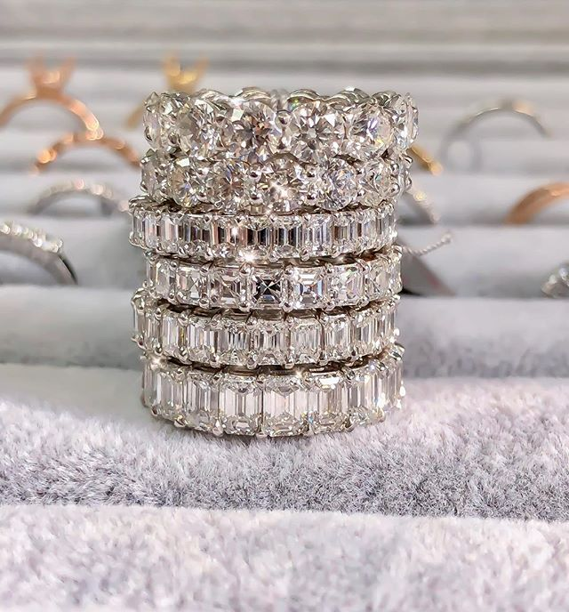 Happy Friday! Which one would you sport for the weekend??✨💎✨💎✨ • • • #TGIF #Bands #Ice #Diamonds #Beauty #Design #Style #Instarings #GIA #Diamondring #Bridal #She_saidyes #Thecaratclub #Theknotrings #Gemhuntrings #Vibesjewelery #Finejewelry #Elegance #Privatejeweler #Wholesale #Highend #Luxury #Love #Picoftheday #Fire #Bling #Brilliance #NYC #ASDgems