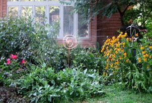 Garden-Sprinkler-by-beautifulcataya.jpg