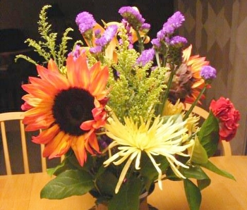 cut flowers by Midwest Gardening.jpg