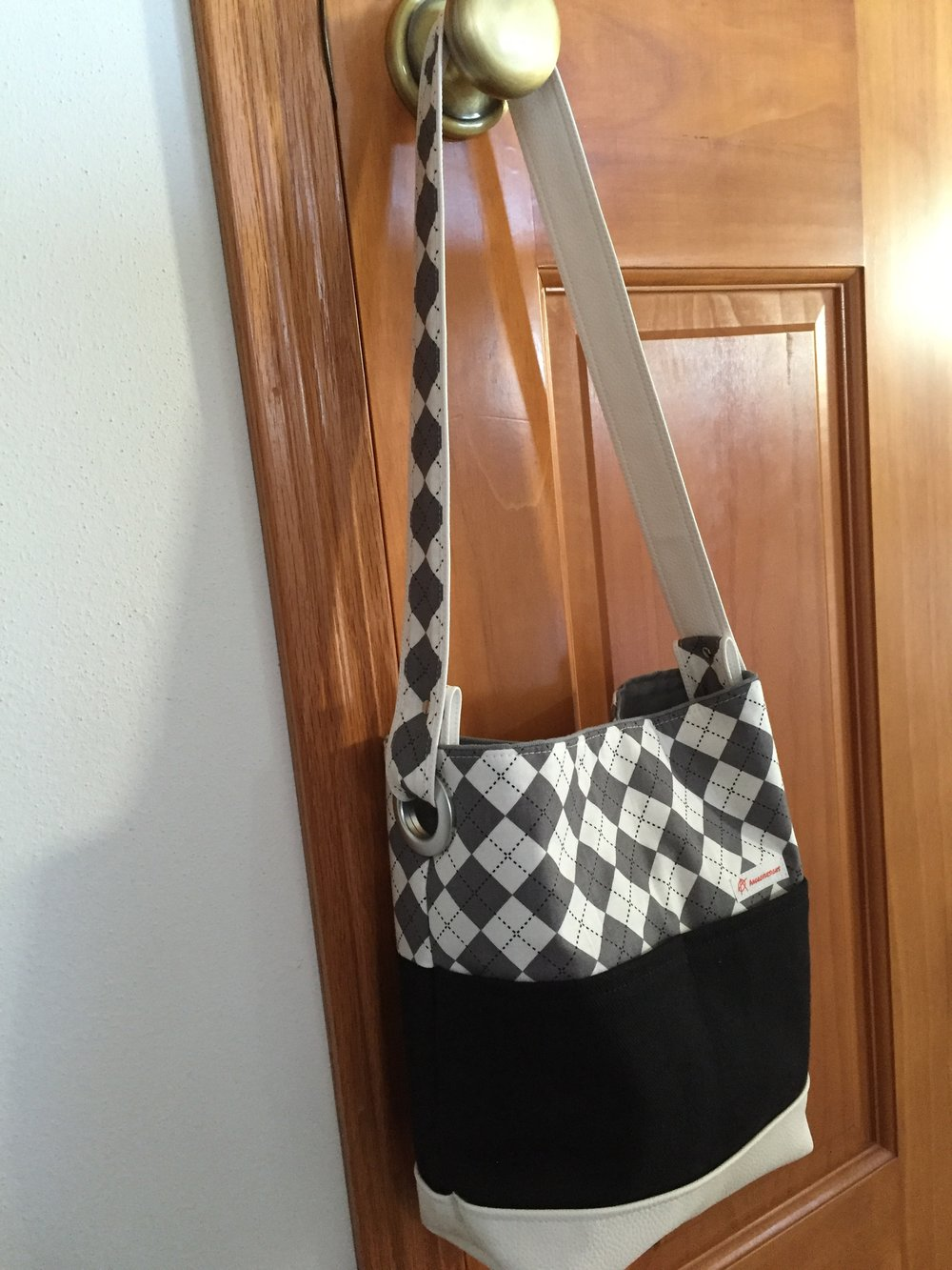 Argyle Shoulder Bag