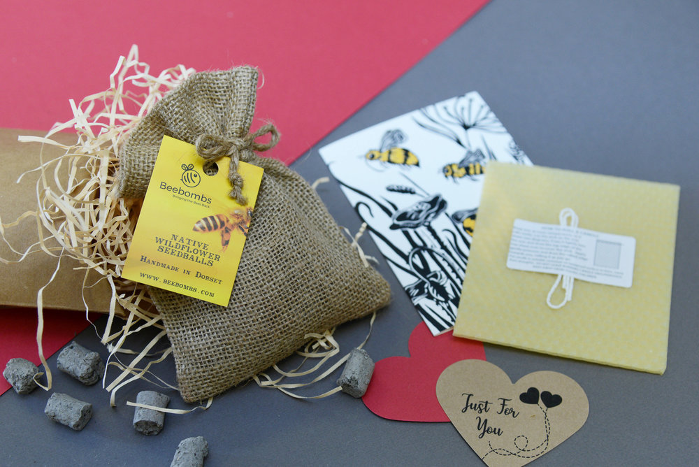 The Beebomb Bee Lovers Gift Set. - The perfect romantic gift for those that love our world.