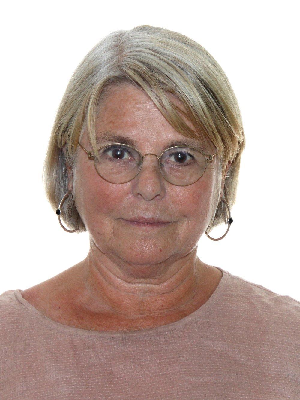 Ann-Sofi Barth Olofsson, leg. psykoterapeut, socionom och fil. kand. med huvudinriktning psykodynamisk psykoterapi.