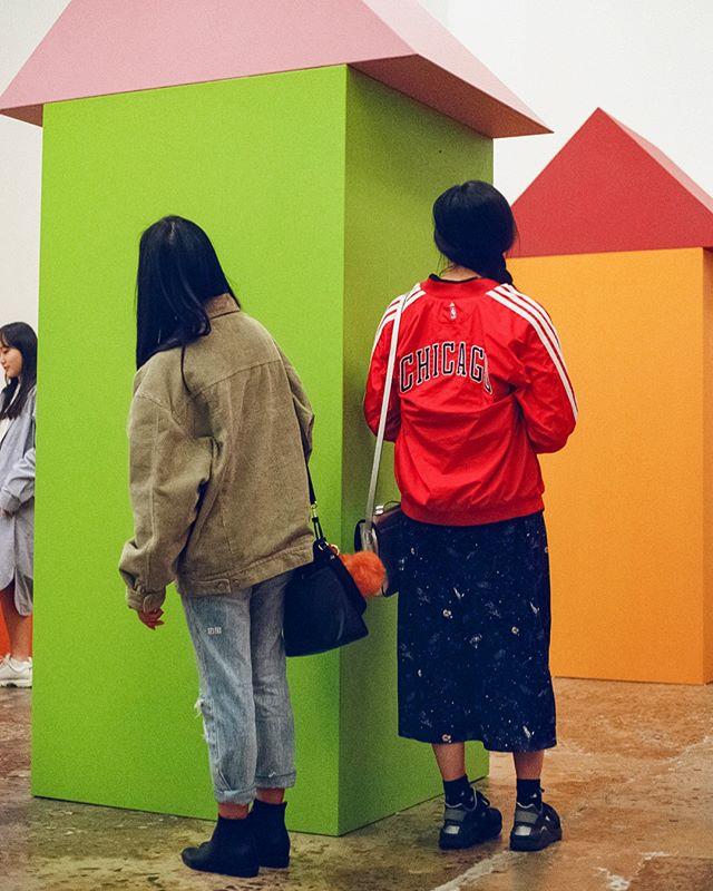 Take a look around 👀 . . . . #childsplay #danielburen #film #35mmfilm #colourfilm #ektar100 #kodak