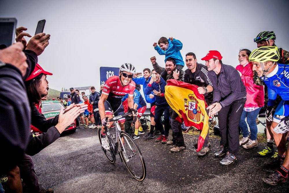 Alberto Contador - Alto de  Los  Machucos