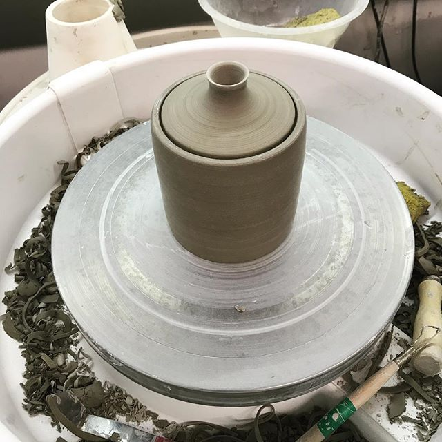 Trying to get the perfect fit #lids #pot #pleasefit #tight #stoneware #wheelthrown #instapottery #clay #homewares #coffeepot #timeforthekiln