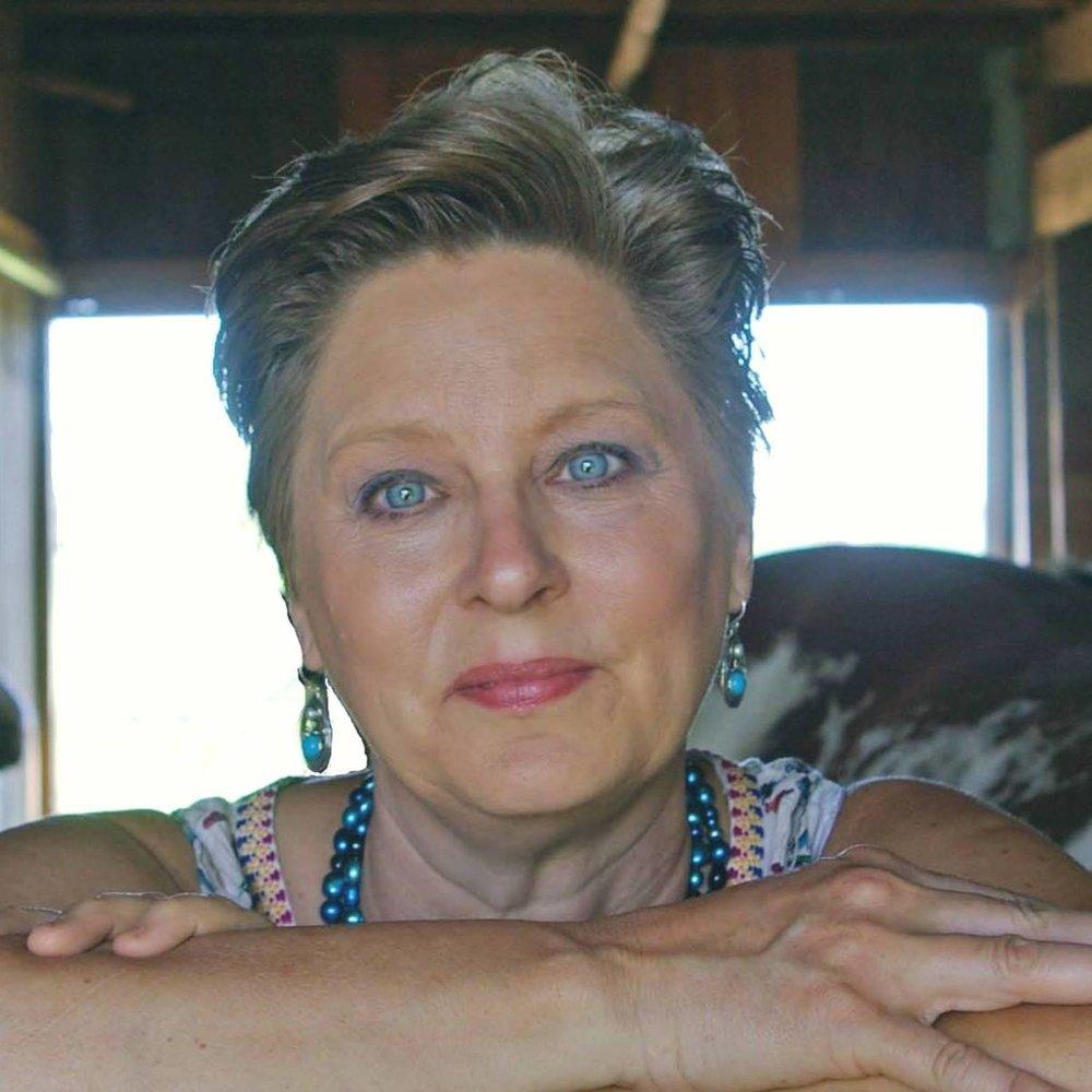 Tammy Shoup, Chief Content Writer   Brand Copywriting Ambassador   Certified Career Storyteller