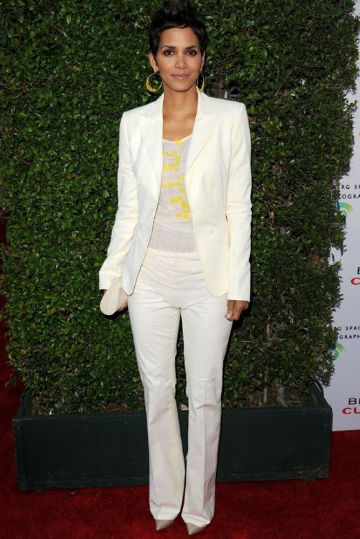 halle-berry-beauty-culture-opening.jpg