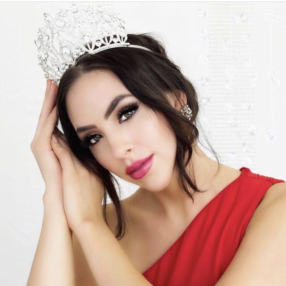 Kara Granger Miss Globe Canada -