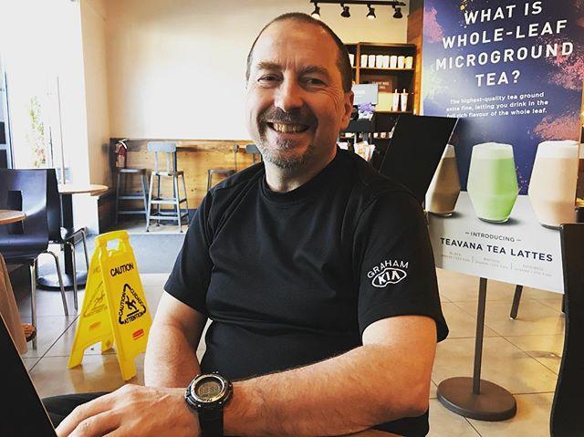 先日は、Bobさんとお打ち合わせ😊 カナダ、アメリカ、中国にてマーケティングや広告業など、とにかくアイデアの宝庫の様な方で、お話ししているといろんな情報を提供頂き、とってもわくわくしますよ♫😊 • 海外で起業を考えていらっしゃる方、是非一度会ってみてはいかがでしょうか♫😊🌺 Garlick Marketing CEO & Founder  #海外で起業 #人と人が繋がる #humantohuman #cheerscanada 🇨🇦