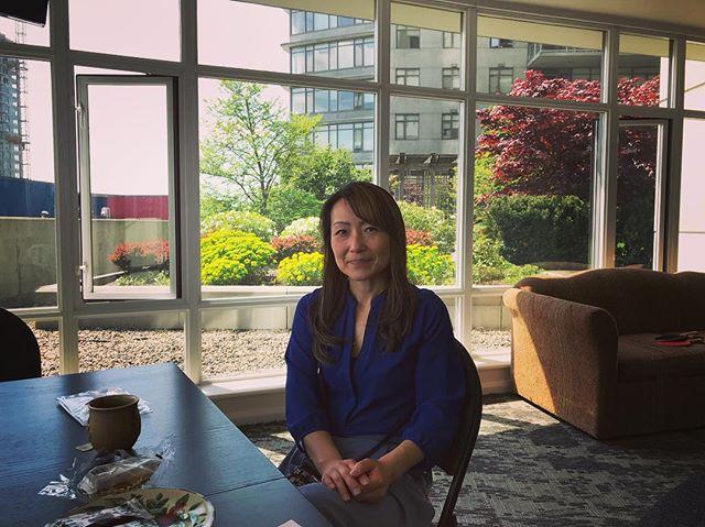 定期的にお会いしておりますPac West Import Ltd CEO Yukoさんと、先日もいろいろとお打ち合わせをしておりました😊🌺 日本の物、文化をバンクーバーやトロント、またアメリカ各地へ販売、発信、 そして今回はずっとおっしゃっておりました Japan Market を6月3日(日) バンクーバーのダウンタウンでご主催、初めて開催されます🇨🇦♫ https://www.facebook.com/events/156853954990902/ ・ ・ 7月、8月も様々なイベント、まさに繁忙期の到来❗️ ボランティアスタッフとして、海外で日本のものを世界の方々へ販売、またワークショップとして何かお得意の日本文化を披露してみませんか?😊🌺 • #cheerscanada 🇨🇦 #人と人が繋がる #humantohuman  #海外で起業 #日本女性 #日本文化を海外で #日本のものを海外で販売  今後のYukoさんの展開、いろいろとご一緒できますこともとっても楽しみです☺️❗️✨ https://www.cheerscanada.club/ https://instagram.com/p/BiXjsOCgGtq/