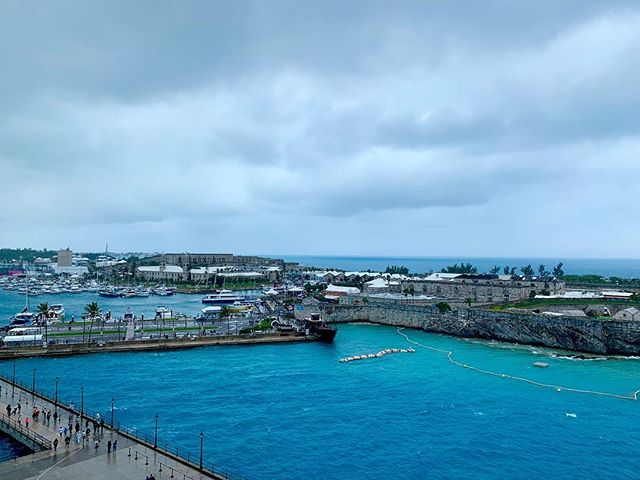 Started off rainy and windy this morning in Bermuda.. it's getting much better out.. we are going to head ashore and check out the shops..
