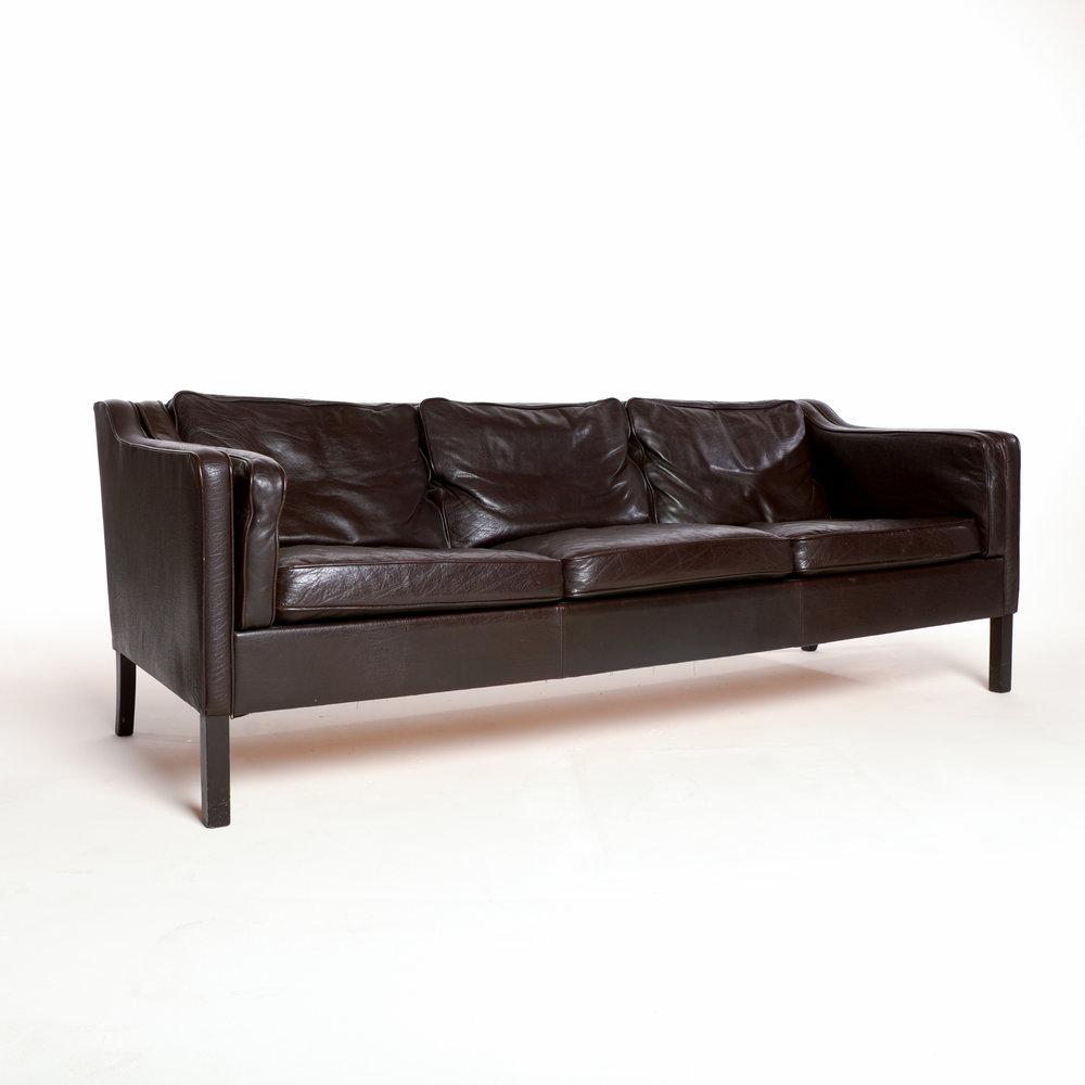 Motel Furniture2377.jpg