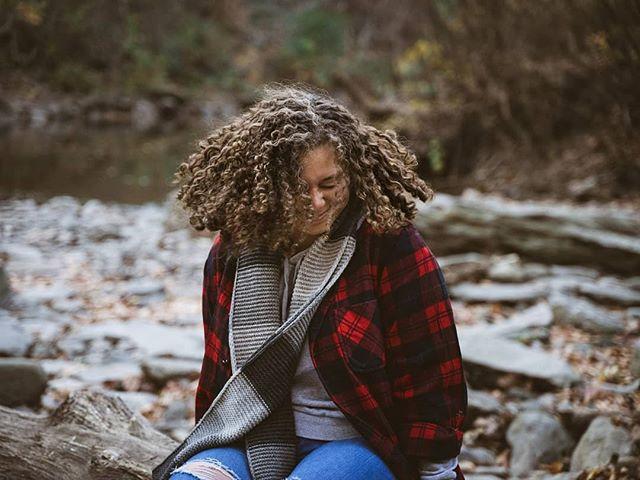 Crystal. Nature portraits. . #photography #portrait #nature #hiking #outdoors #wissahickon #smile #portraitphotography #photographer #roseglassphotos #kdpeoplegallery #agameoftones #photographysouls #portraitgames #portraitpage #marvelous_shots #photoshoot #featurepalette #featurecollective #photocollective