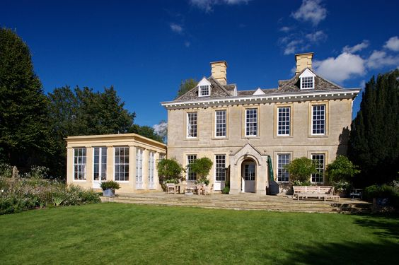 Home Envy: Kingham House